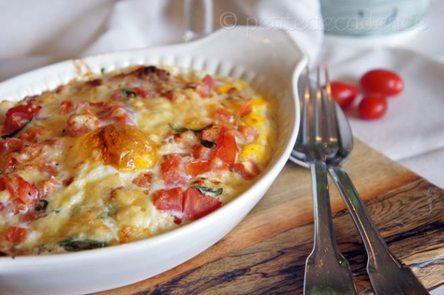 Baked eggs with creamy goat cheese sauce