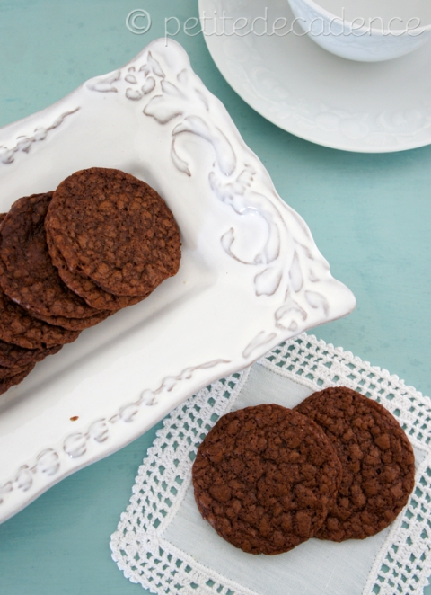 crispy nutella thin cookies