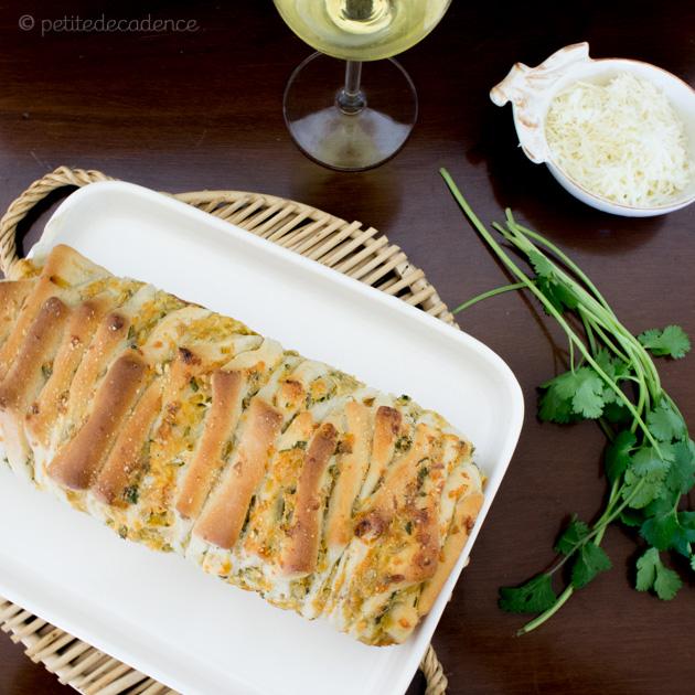 artichoke parmesan pull apart bread